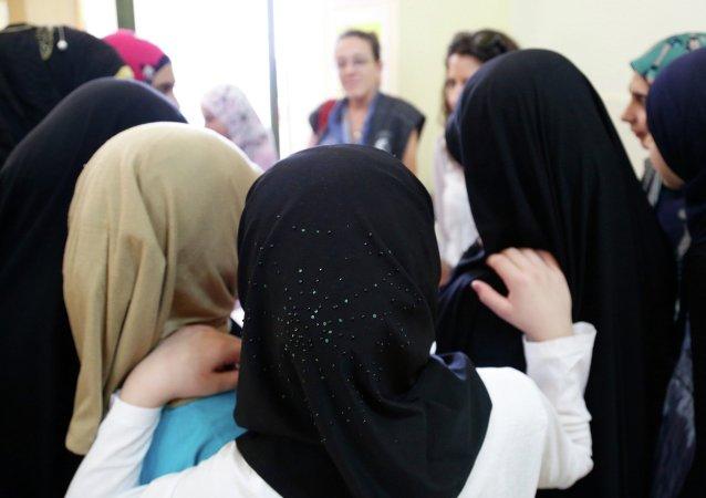 Ženy v hidžábu. Ilustrační foto