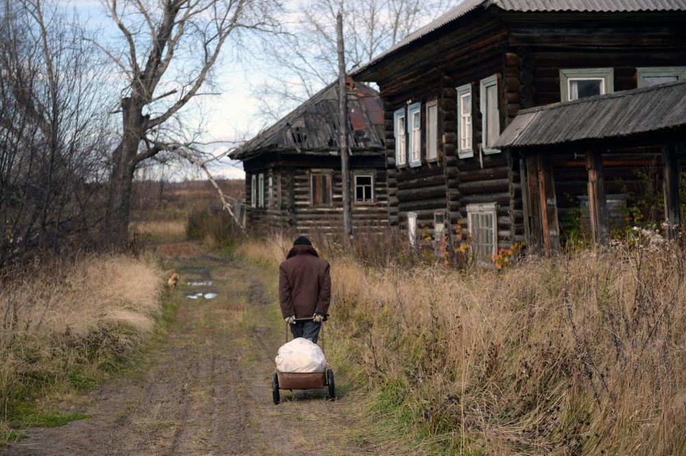 Doručování  pošty do odlehlých míst v Rusku