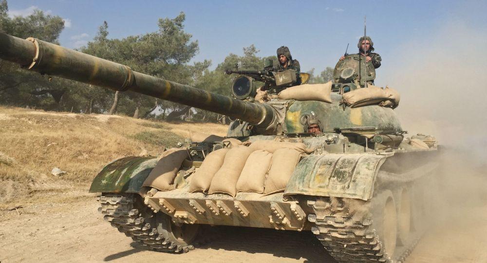 Syrská vojenská technika na severu provincie Hamá