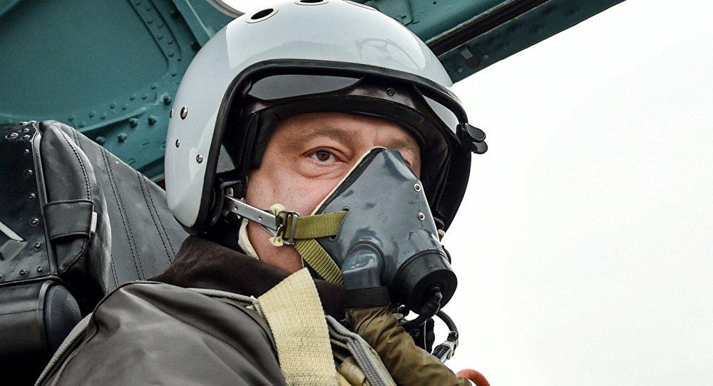 Petro Porošenko v Su-24