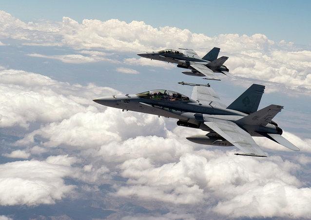 Stíhačky F-18