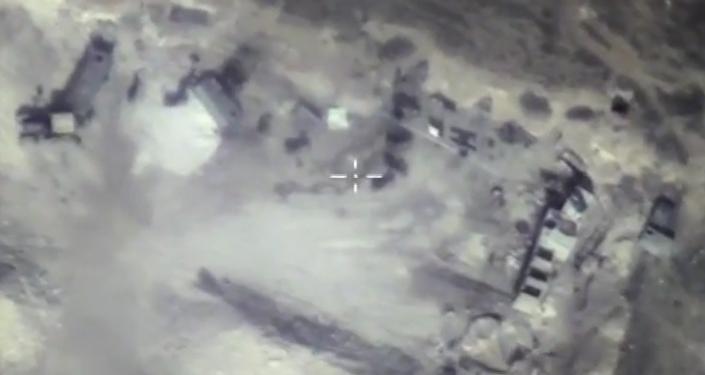 Likvidace podzemního bunkru teroristů v provincii Hamá. VIDEO