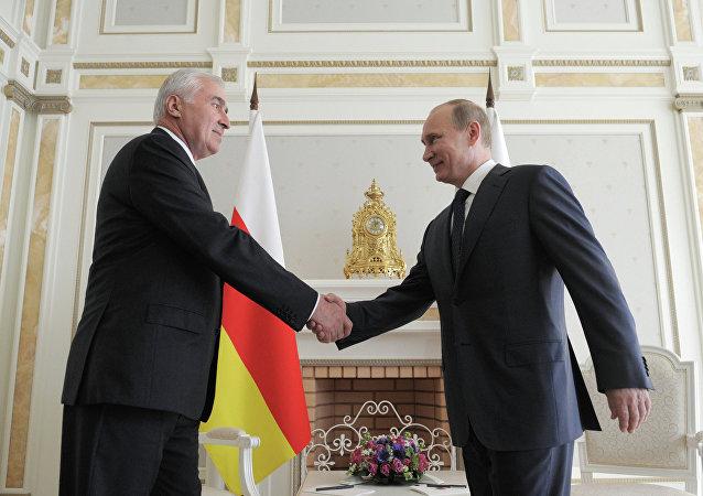 Vladimir Putin a Leonid Tibilov