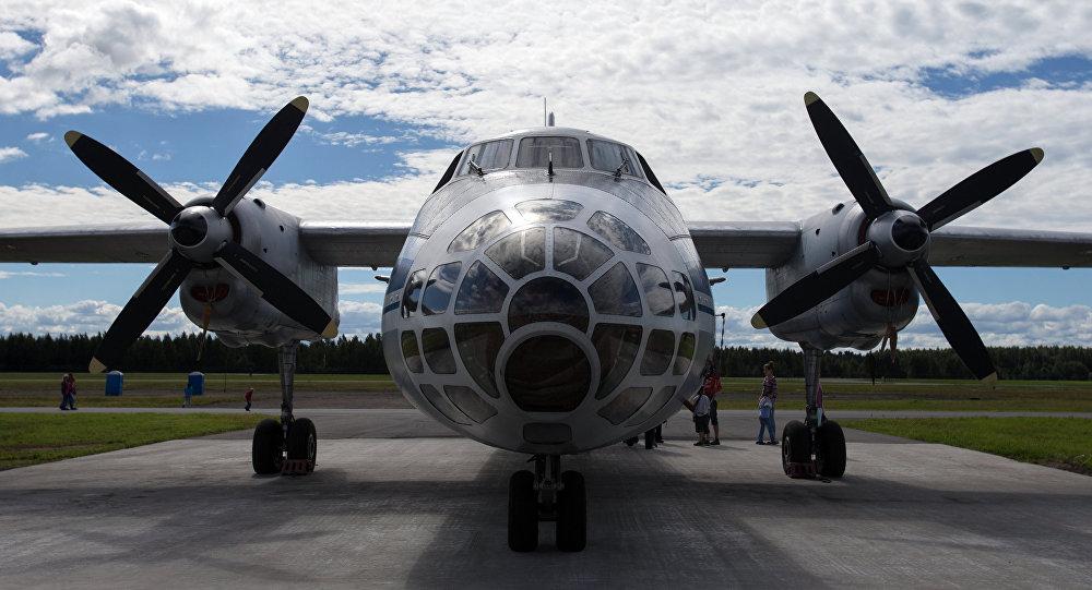 An-30