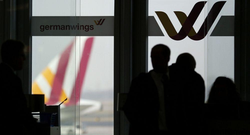 Emblém Germanwings na letišti v Dusseldorfu