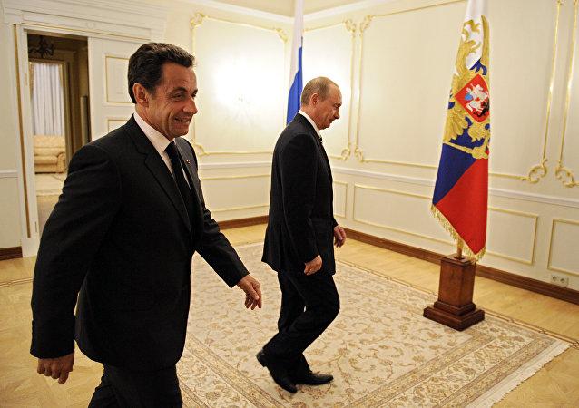 Vladimir Putin a Nicolas Sarkozy