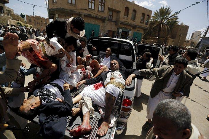 Exploze v jemenských mešitách
