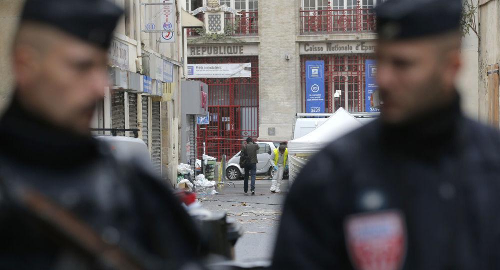 Policisté v Paříži