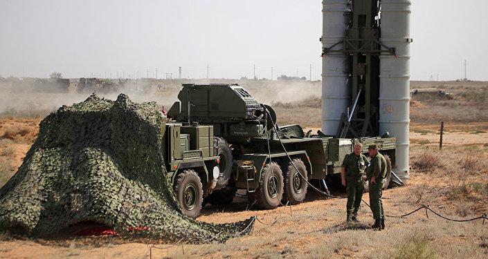 Raketový protiletadlový systém S-400