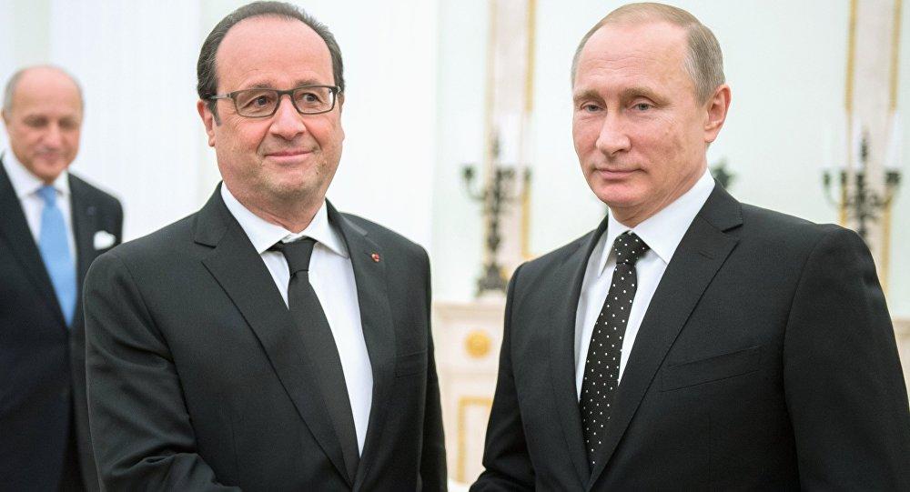 Schůzka Vladimira Putina s Francoisem Hollandem v Kremlu