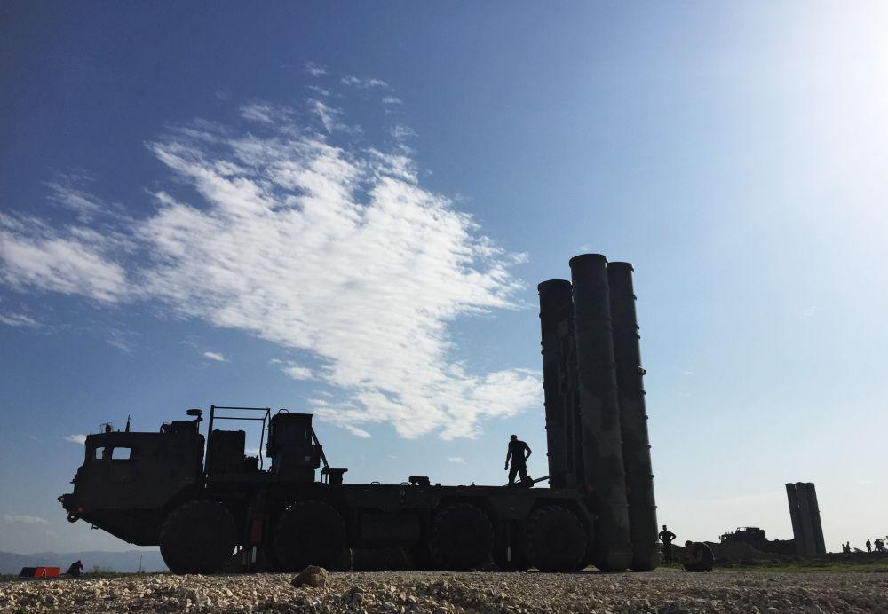 S-400 na základně Hmeimim