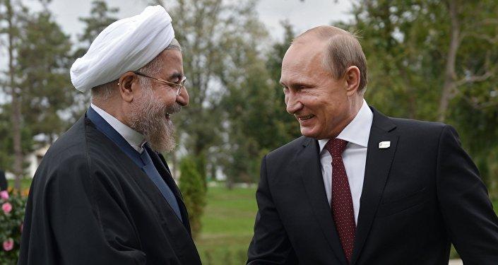 Iranský prezident Hassan Rouhani a ruský prezident Vladimir Putin