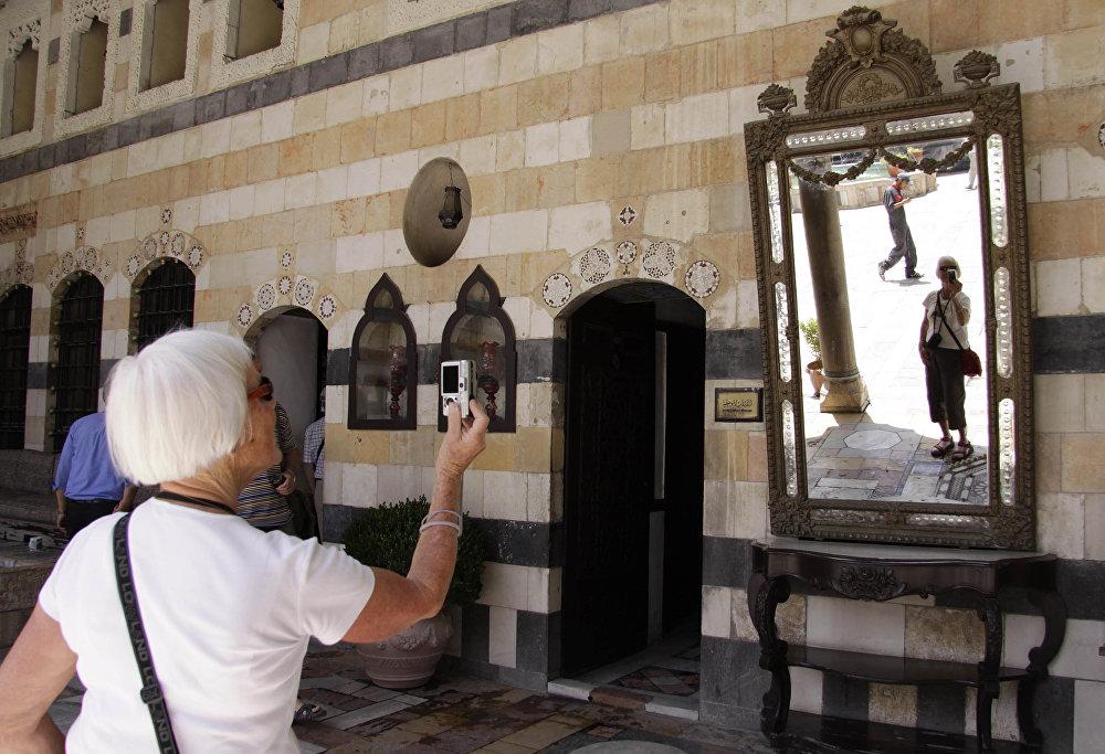 Prohlídka paláce Al-Azem v Damašku.
