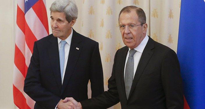 John Kerry a Sergej Lavrov v Moskvě