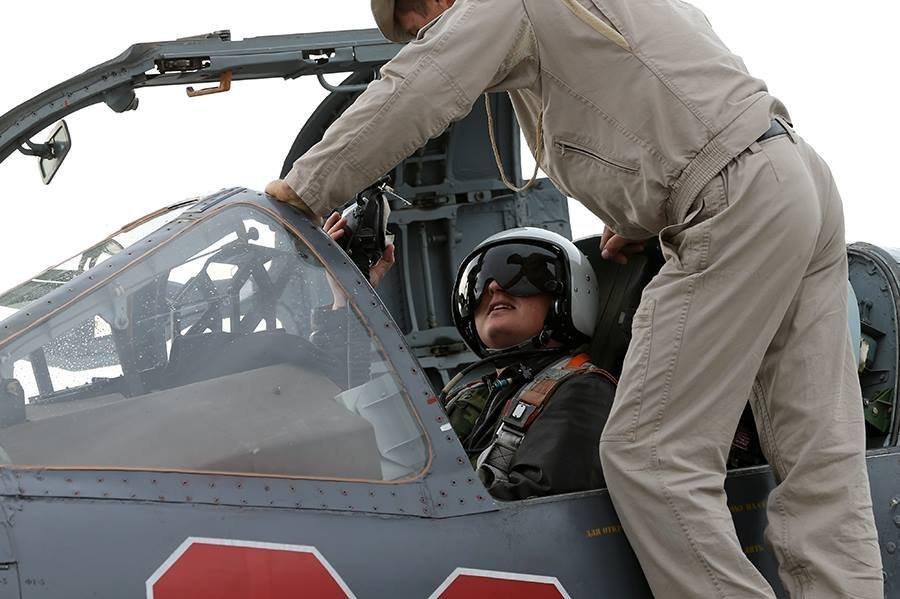 Základna Hmeimim: Každodenní život ruských letců