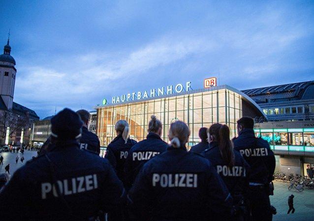 Policie u nádraží v Kolíně. Ilustrační foto