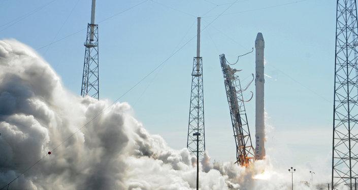 Raketa Falcon 9