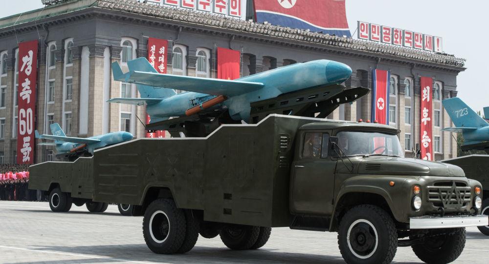 Přehlídka vojenské techniky v KLDR