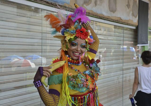 Rio de Janeiro: legendární brazilský karneval