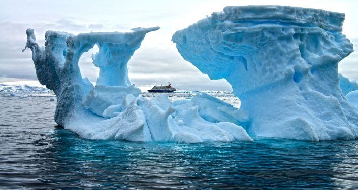 Ledovce – jedna z nejúchvatnějších pozoruhodností Antarktidy