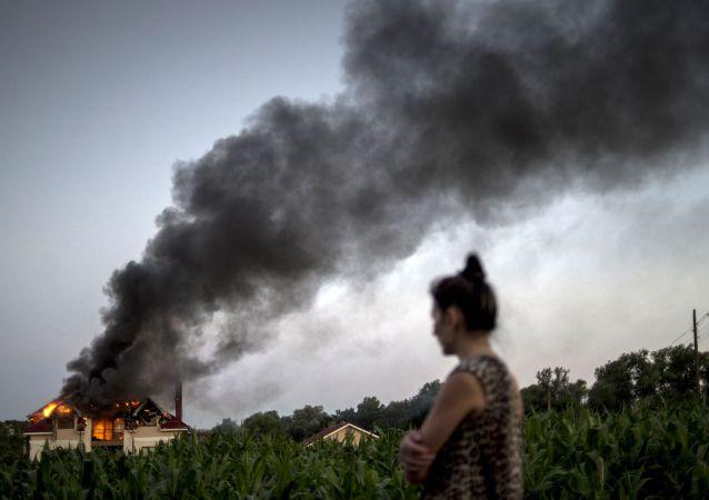 Následky ostřelování v Nikolaevce