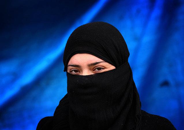 Dívka s hidžábem