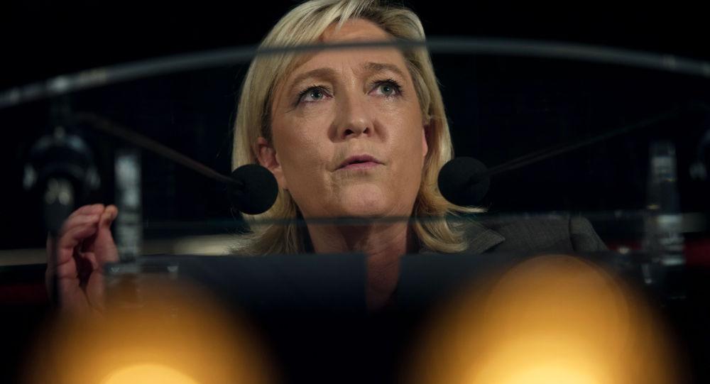 Francouzská politička Marine Le Penová.