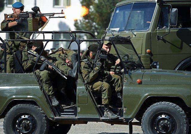 Ruští vojáci na základně v Tádžikistánu