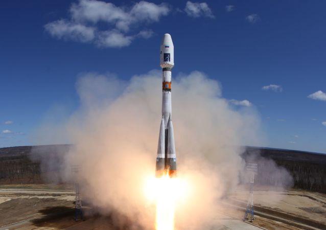 Raketa společnosti Roskosmos během startu. Ilustrační foto