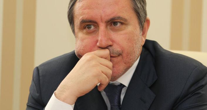 Lenur Isljamov
