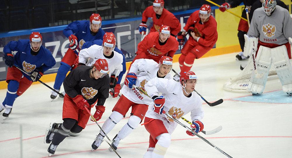 Cvičení ruského týmu vpředvečer MS v hokeji 2016