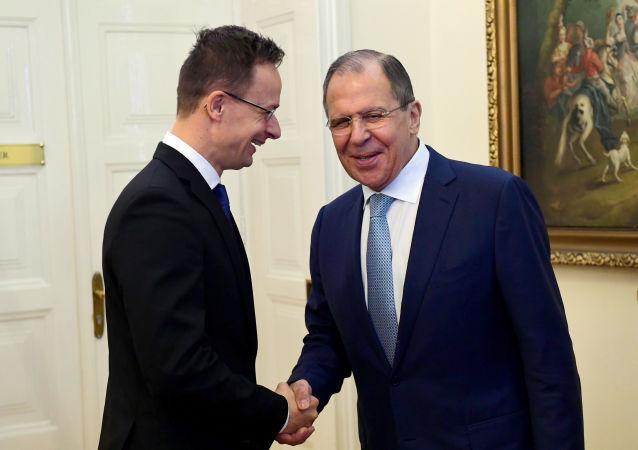Sergej Lavrov a Peter Szijjártó