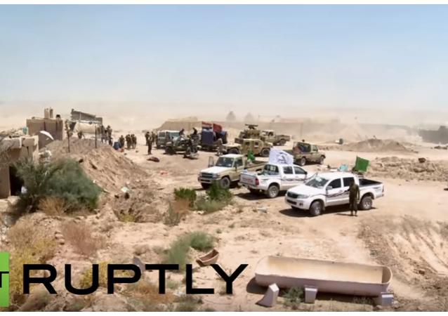 Irák: irácké síly bombardují Fallúdžu obsazenou IS