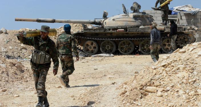 Syrští bojovníci během ofenzivy