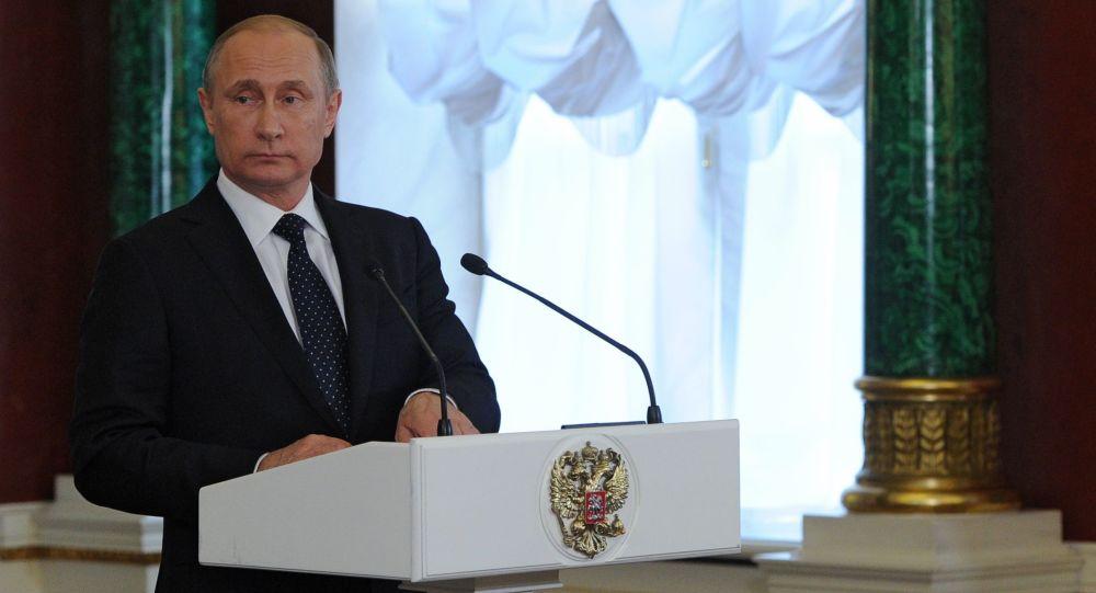 Vldimir Putin na tiskové konferenci o výsledcích jednání s premiérem Izraele Benjaminem Netanjahuem