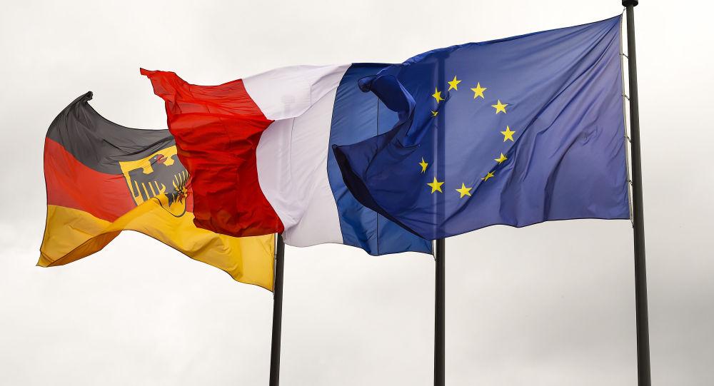 Vlajky Německa, Francie a EU. Ilustrační foto