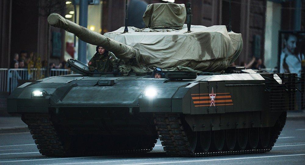Zkouška přehlídky Vítězství v Moskvě. Tank T-14 Armata