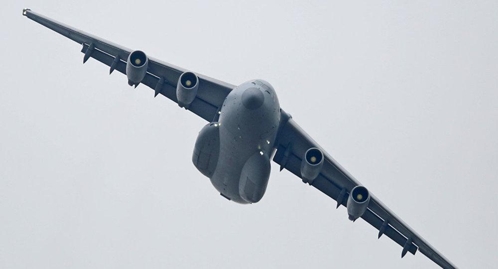 Čínské transportní letadlo Y-20
