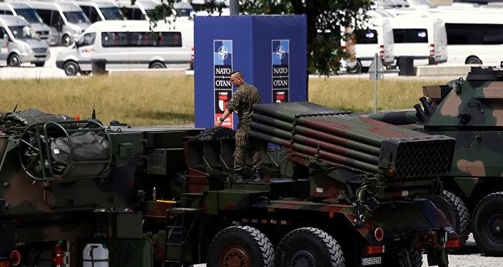 Vojenská technika na summitu NATO