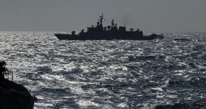 Turecká fregata TCG Turgutreis