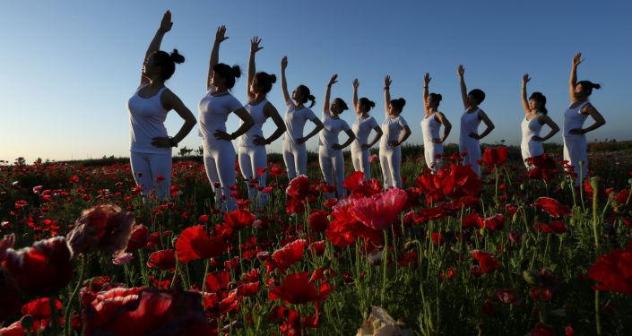 Cvičení jógy v Číně