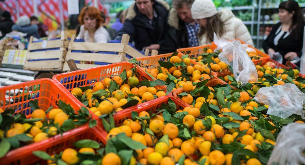 Turecké ovoce v ruském obchodu