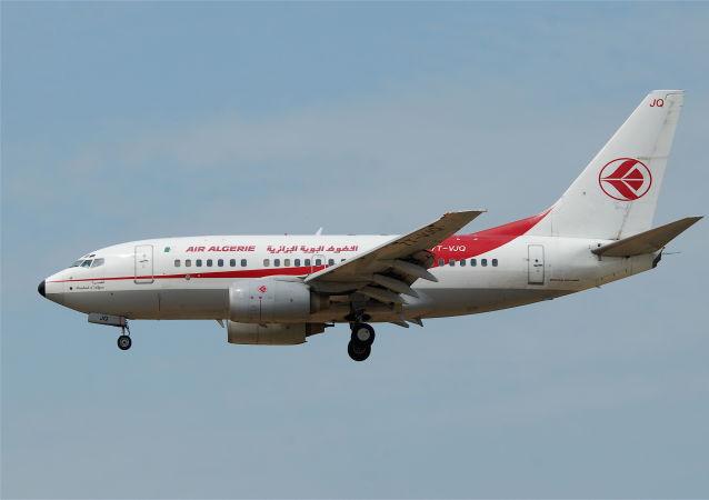 Air Algérie Boeing 737-600.