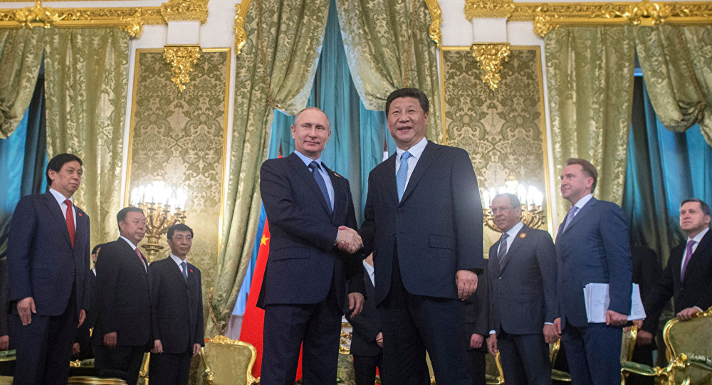 Ruský prezident Vladimir Putin a čínský prezident Si Ťin-pching, 08.05.2015