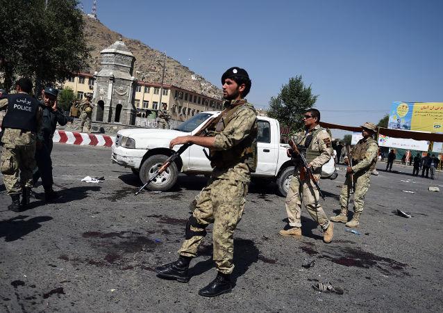 Místo výbuchu v Kábulu.