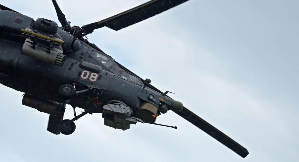 Vrtulník Mi-28 Noční lovec během letecké soutěže Aviadarts