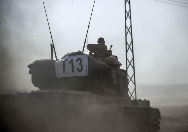 Turecký tank v Sýrii