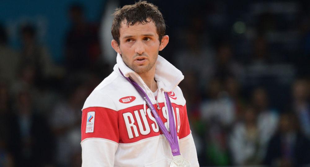 Ruský zápasník Běsik Kuduchov
