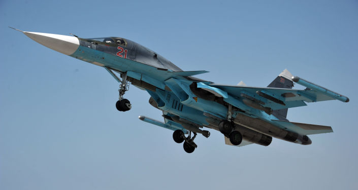 Stíhačka Su-34 na základně Hmeimim