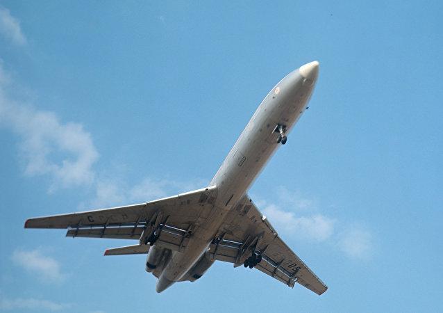 Letoun Tu-154